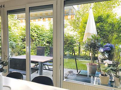 Großzügige 3-Zimmer-Maisonette-Wohnung, 100 qm, im ruhigen Innenhof mit kleinem Gartenanteil